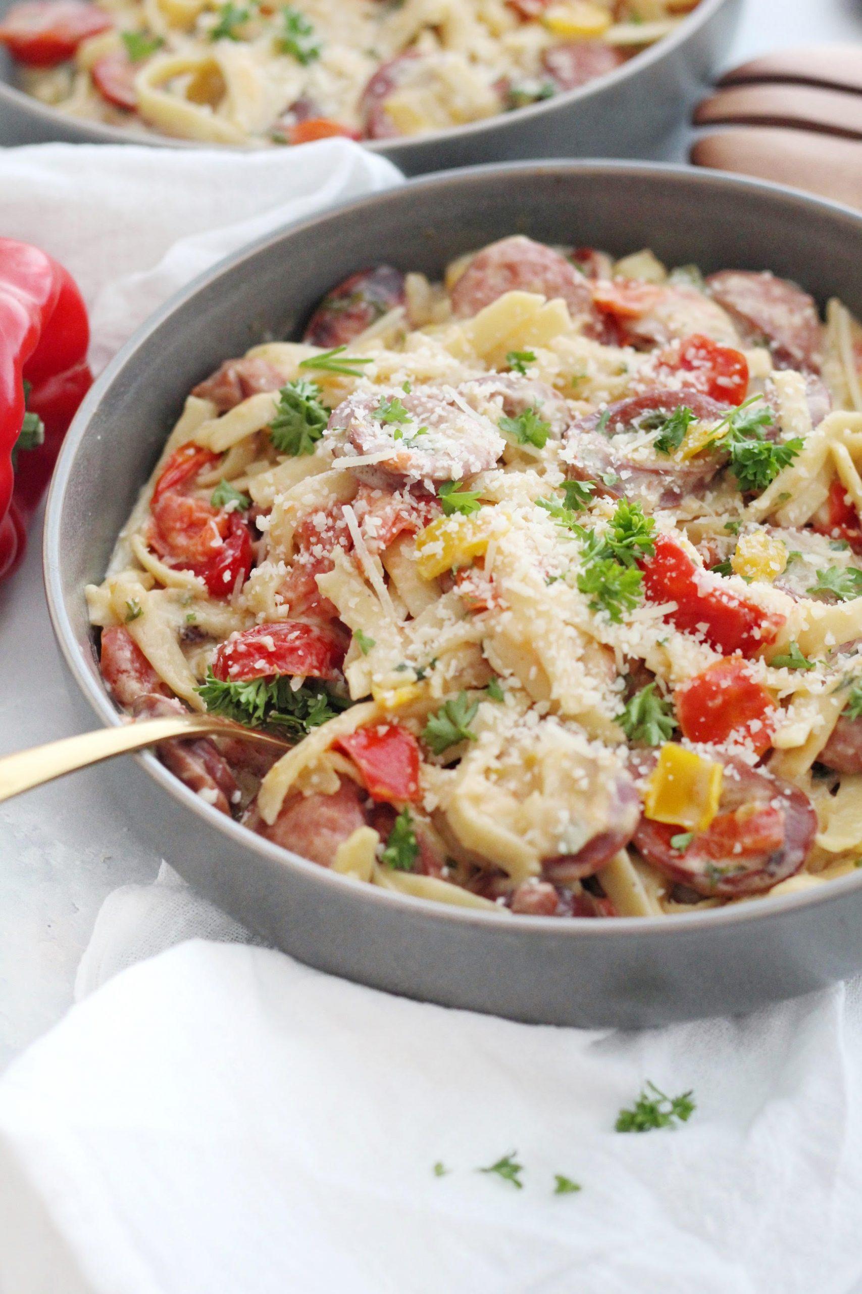 One Pot Sausage & Pepper Fettuccine Pasta