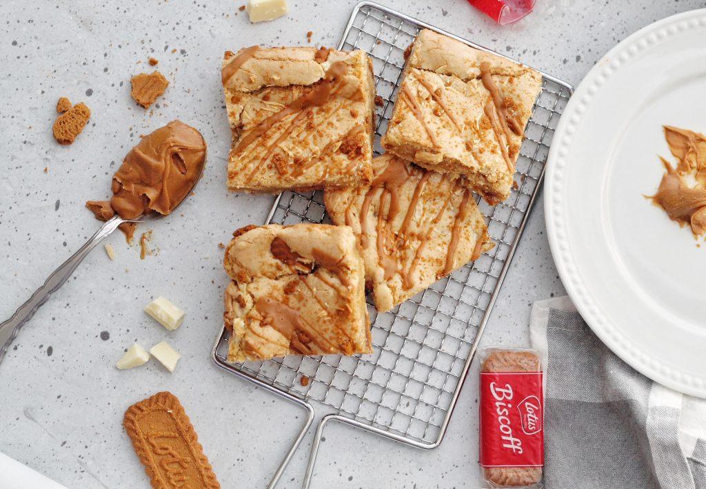 Biscoff Cookie Cake Bars